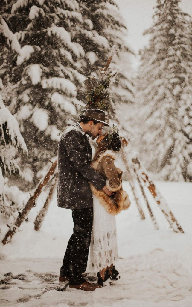 Gorgeous, Snowy Elopement Inspiration in Suttle Lake, OR | Kristen & Jacob