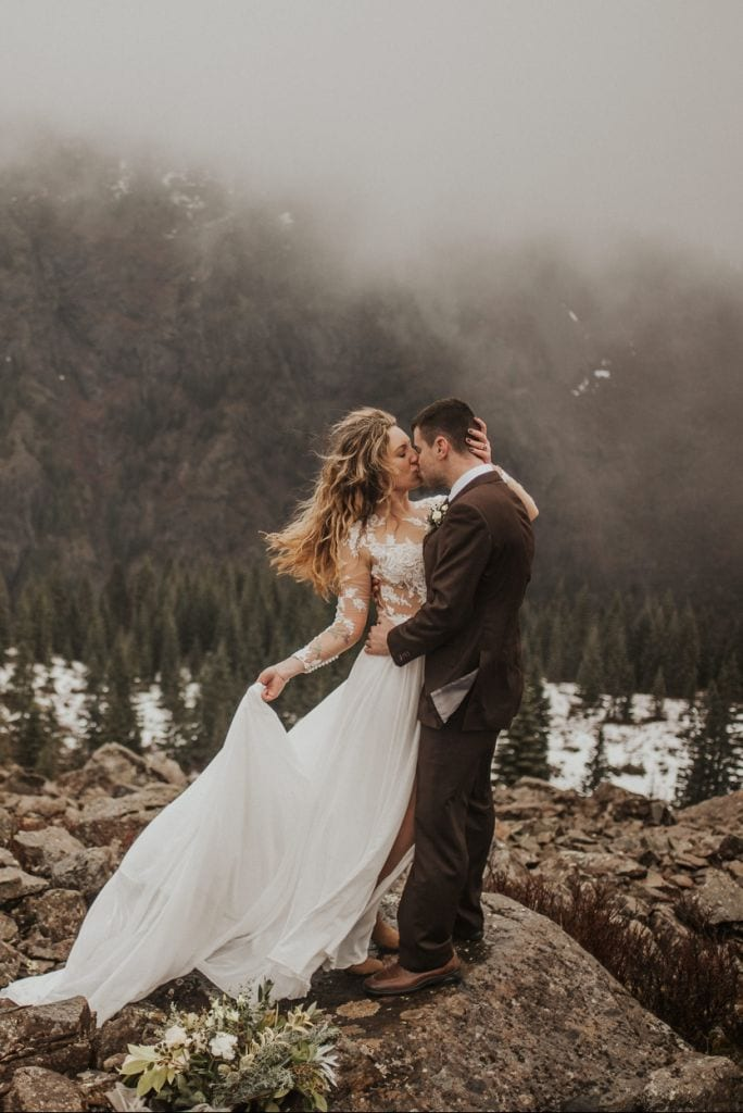 Silver Star Mountain Styled Elopement in Skamania County, WA | Shannon & Levi