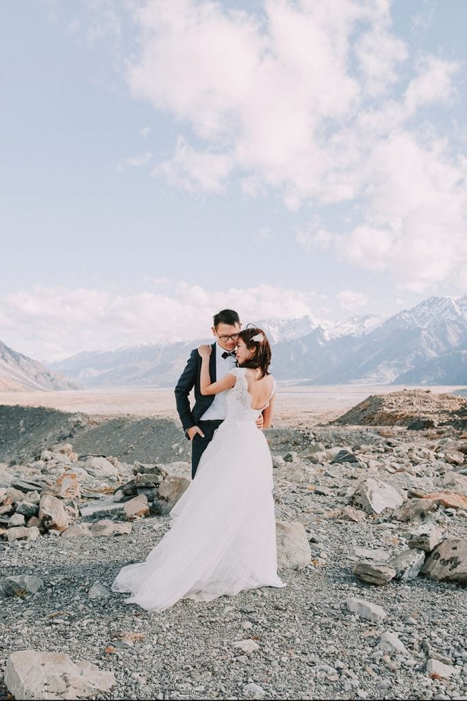 Mount Cook National Park Elopement in Canterbury, New Zealand | Emma & Kent