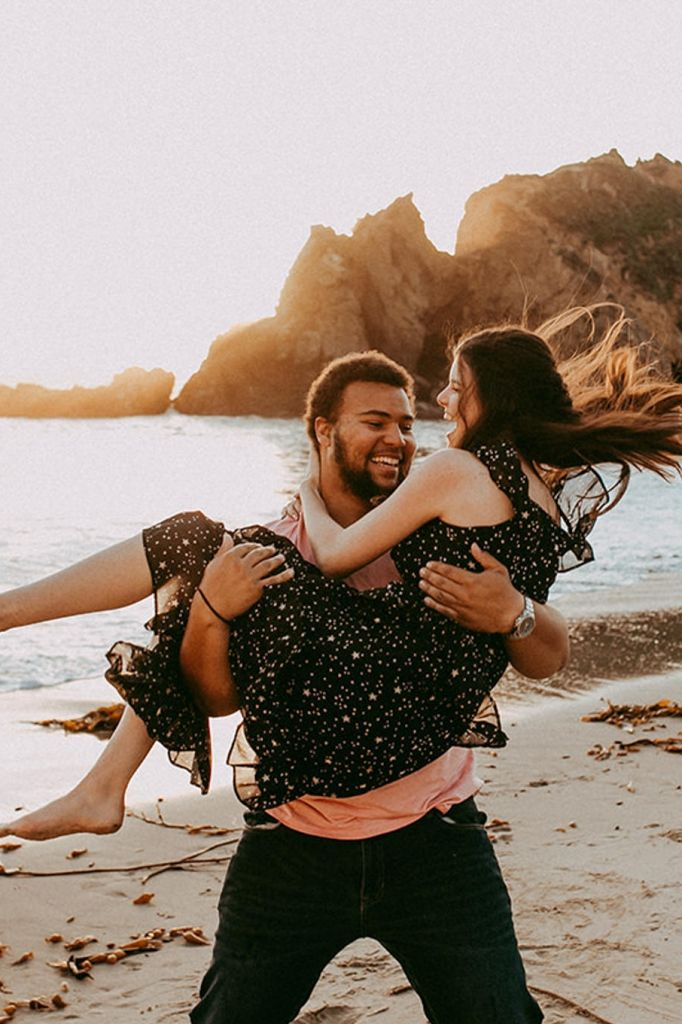 Gorgeous Beach Adventure Session in Big Sur, CA | Jessica & Jackson