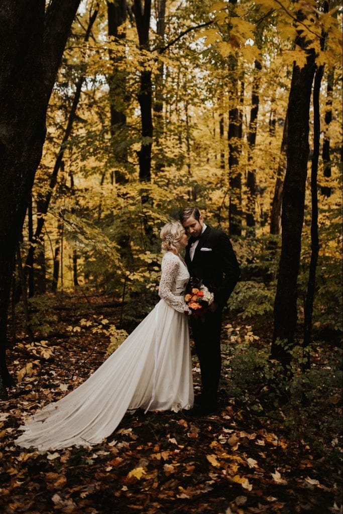 15 Gorgeous Photos to Inspire Your Fall Elopement