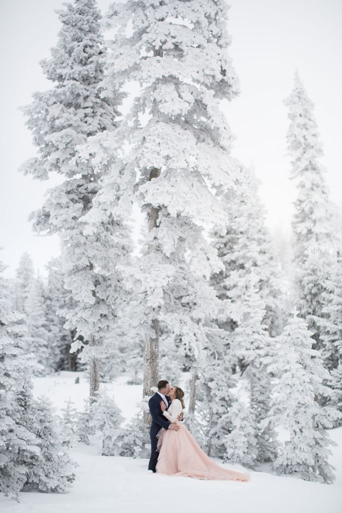 15 Wondrous Photos to Inspire Your Winter Elopement