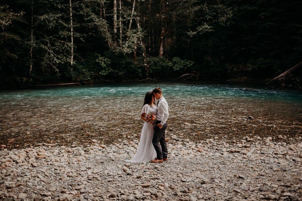 artist point mount baker washington adventurous elopement wedding