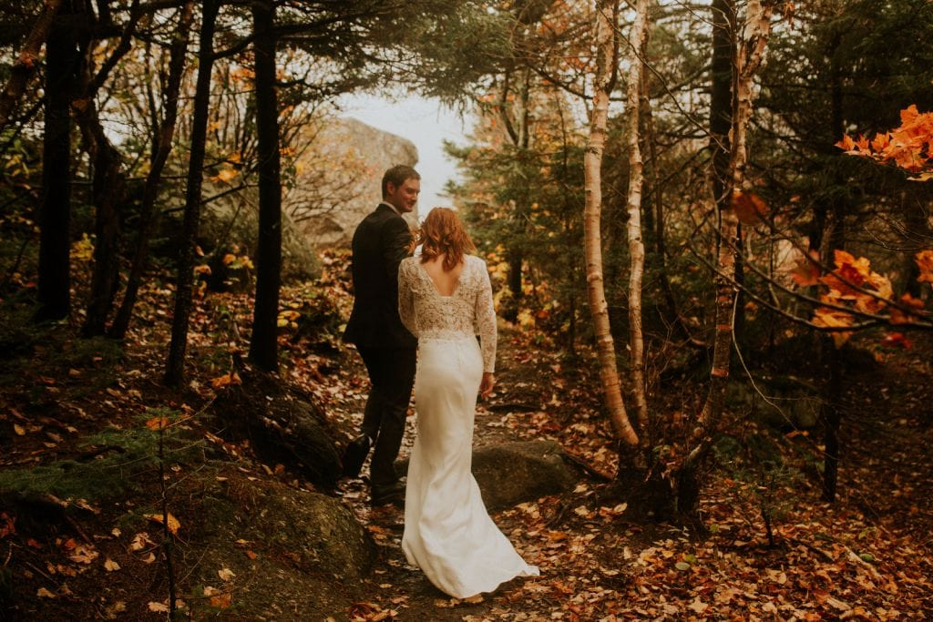 fall elopement wedding new hampshire white mountains artist bluff