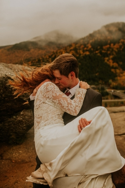 fall elopement wedding new hampshire white mountains artist bluff