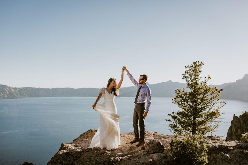 crater lake national park oregon mountain elopement wedding