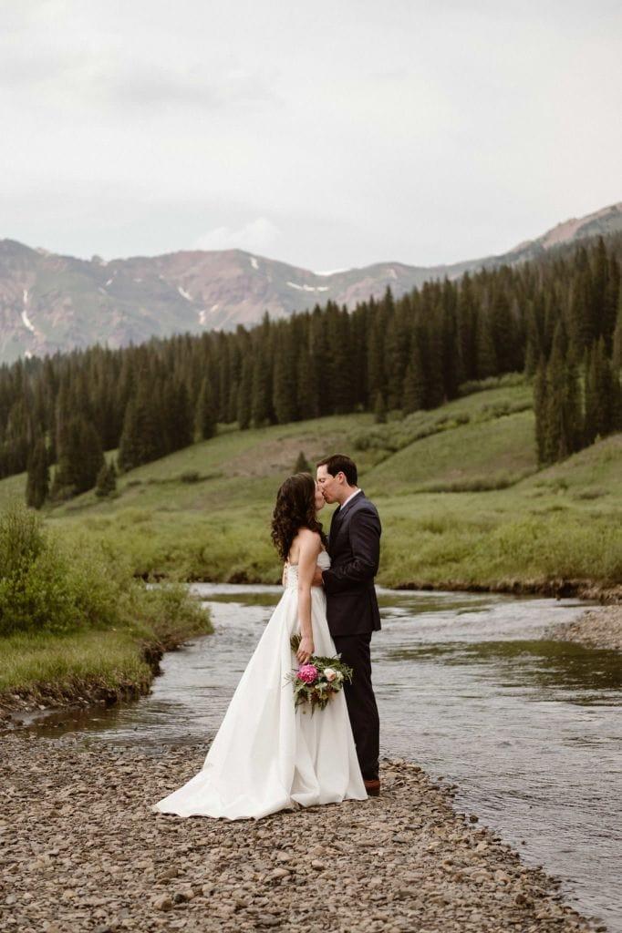 Joyous Mountain Elopement in Crested Butte, CO | Holly & Matt