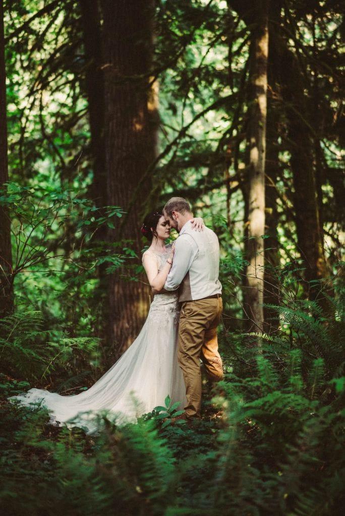 Intimate TreeHouse Point Wedding in Issaquah, WA | Faye & Derek