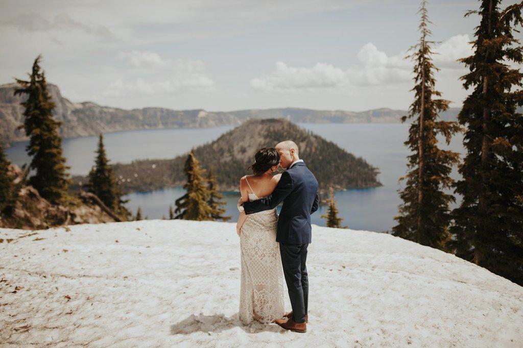 crater lake national park oregon pnw adventure elopement wedding