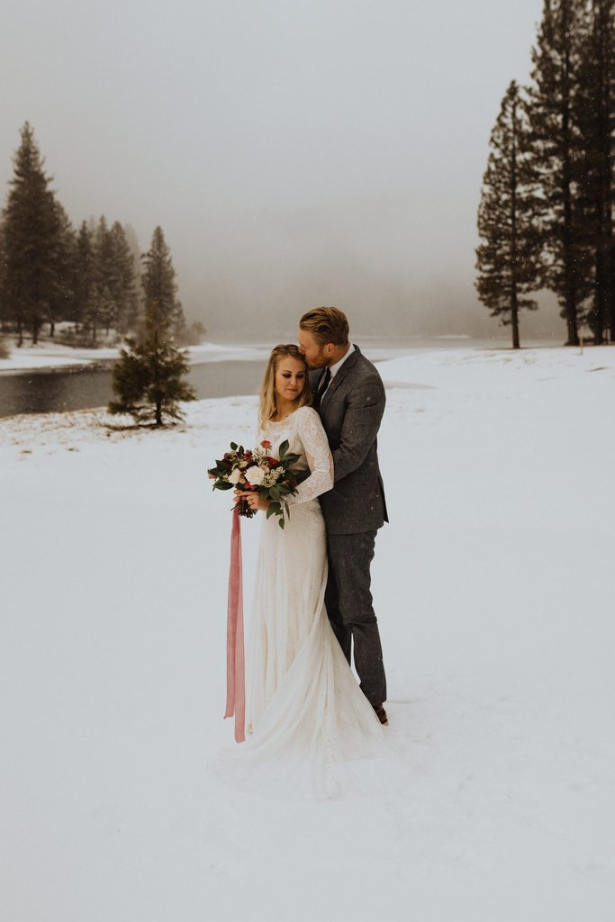 Snowy Sequoia National Forest Elopement Inspiration Session in Hume Lake, CA