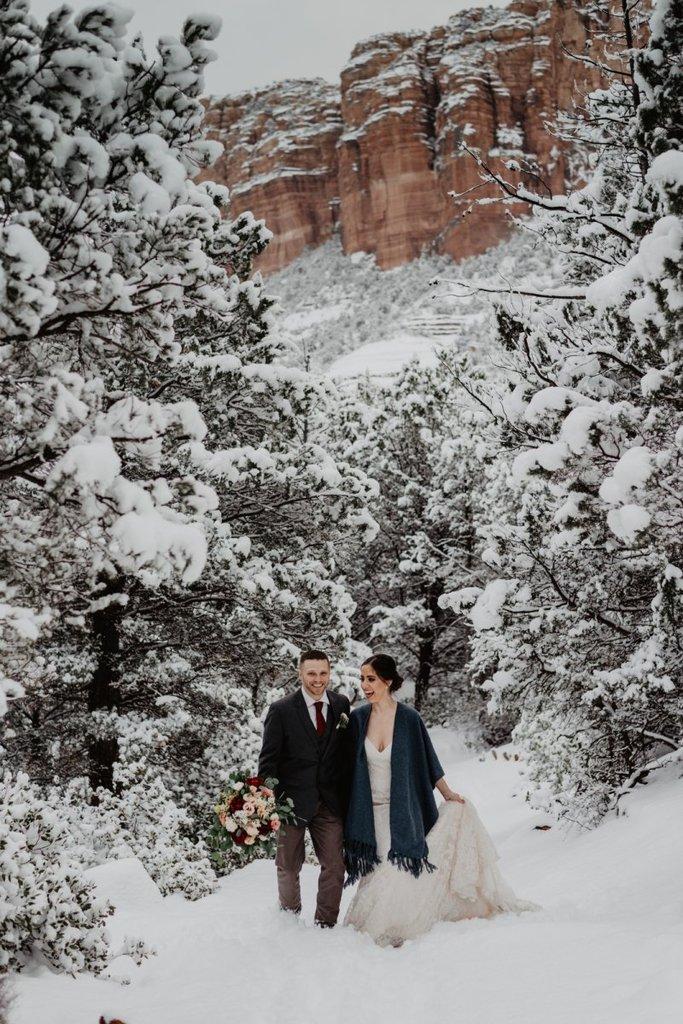 sedona northern arizona winter elopement wedding adventure session