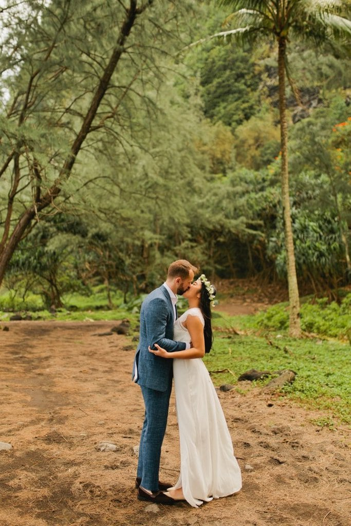 waipio valley big island hawaii elopement adventure wedding