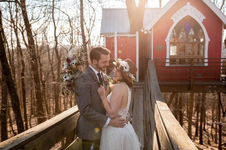 treehouse elopement portraits