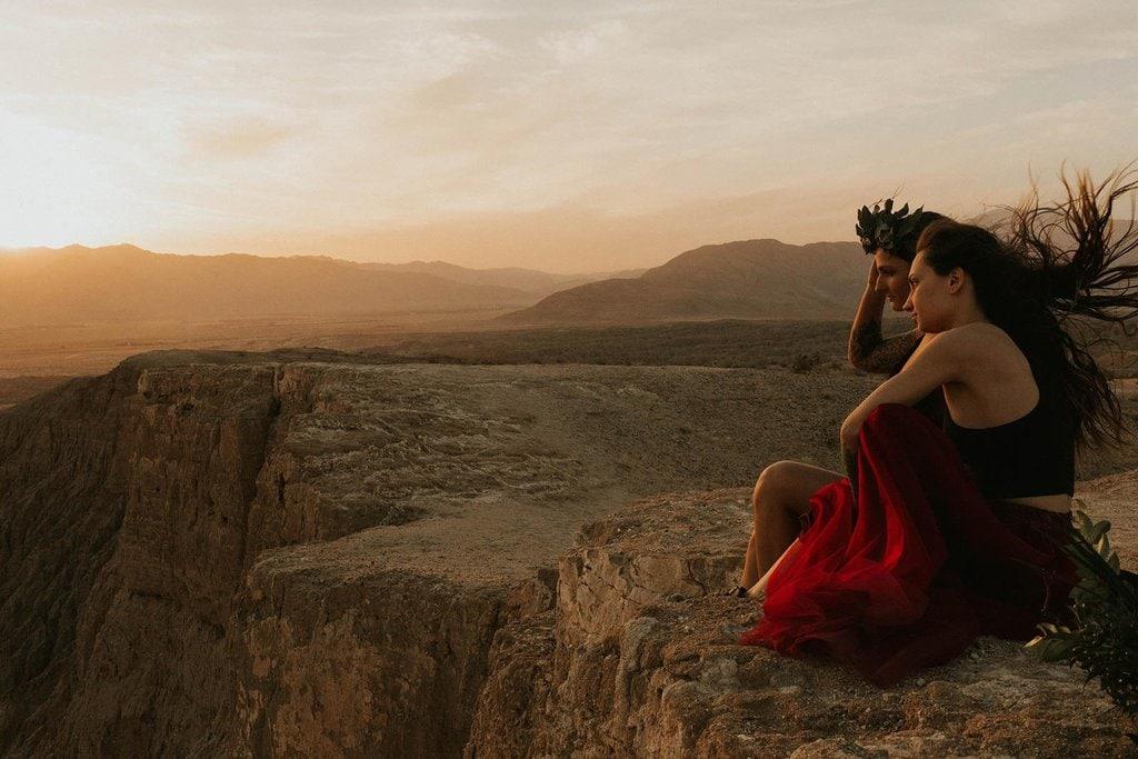 desert elopement photoshoot