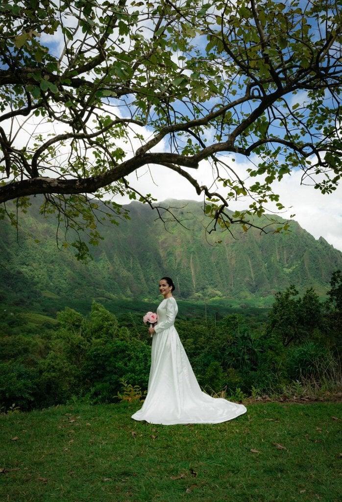 bridal photography in Hawaii.