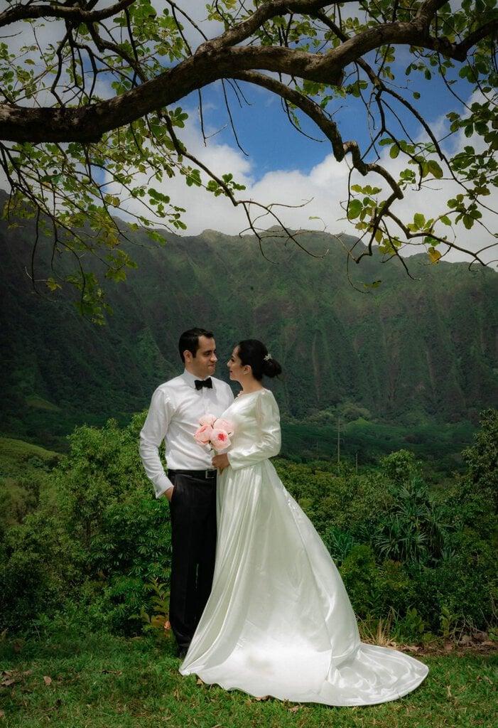 hawaii elopement portraits