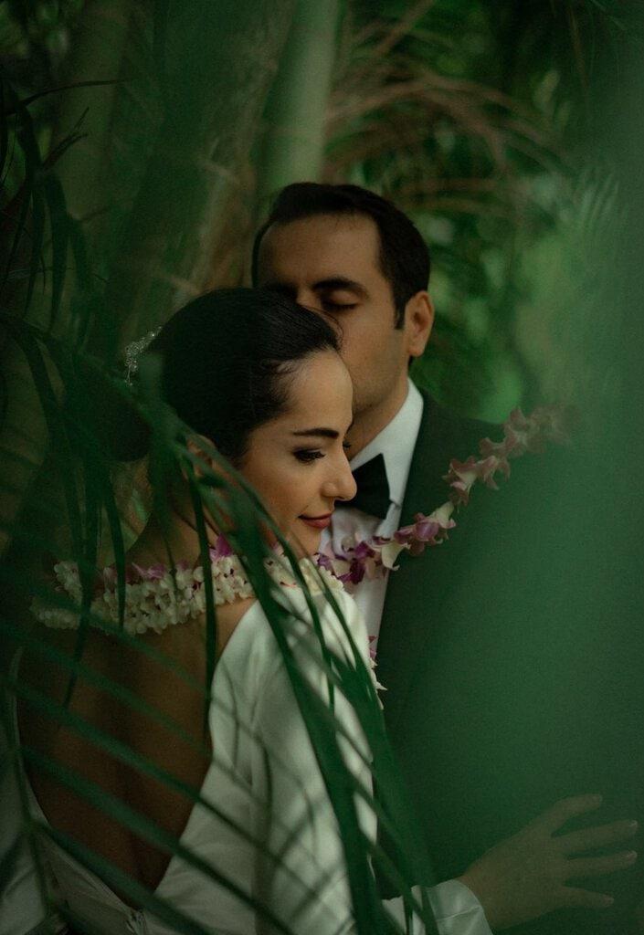 intimate elopement in hawaii