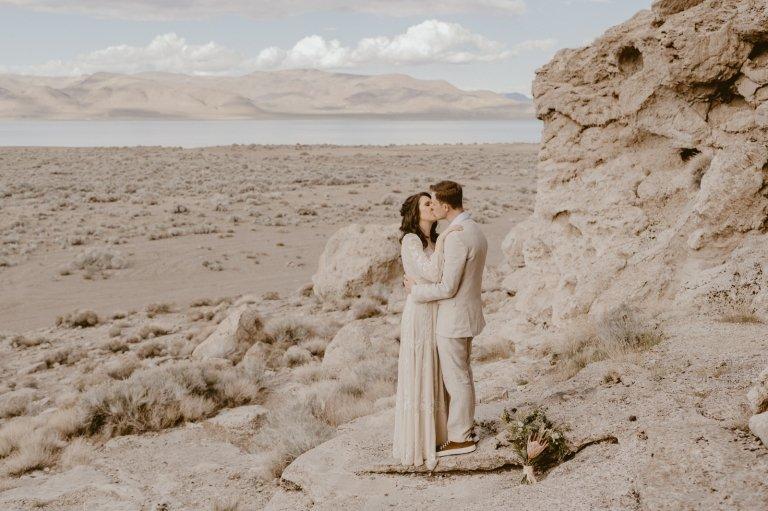 pyramid lake nevada elopement wedding