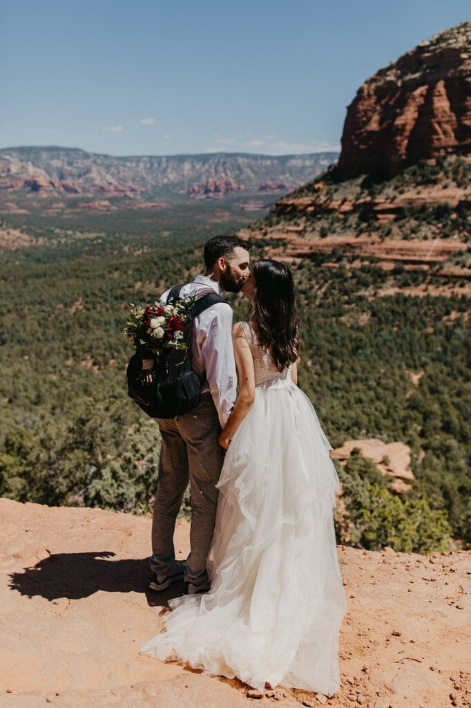 cathedral rock Sedona Arizona elopement desert wedding