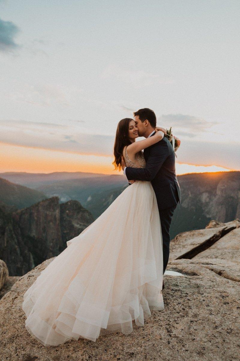 Yosemite elopement photography.