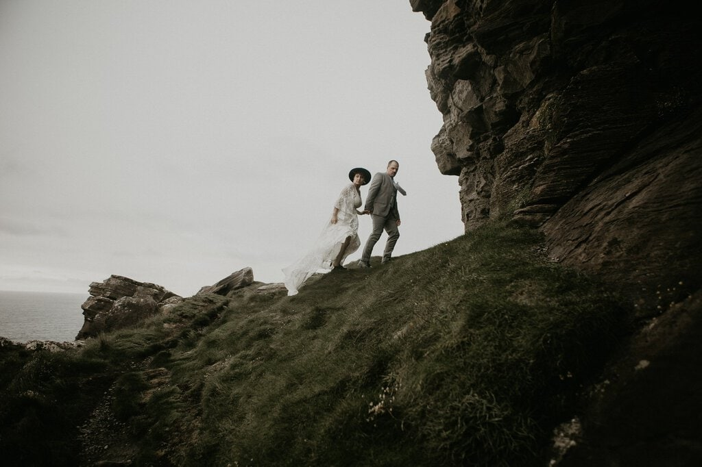 bride and groom adventurous intimate wedding photo session.