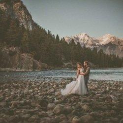 Destination-Wedding-Elopement-Photographers-Shalene-Dawn-Photography-Edmonton-Photographer-045