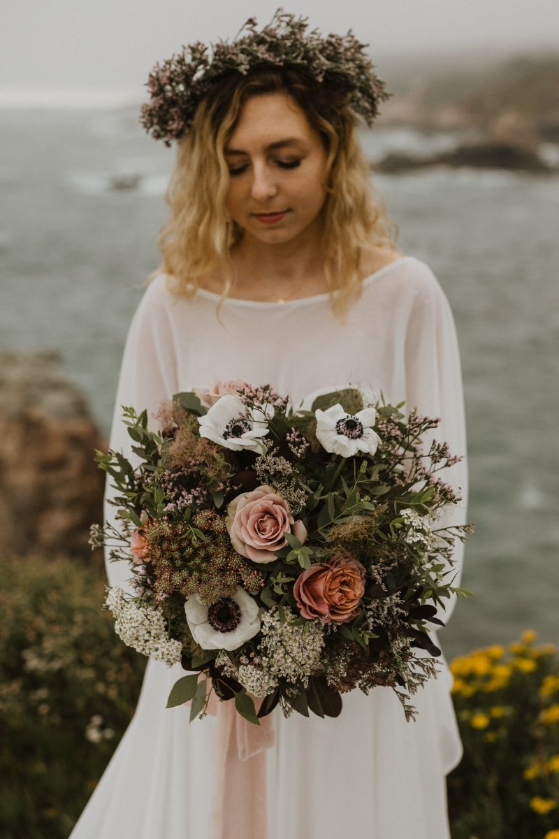 Detail photography shoot of bride and her bridal bouquet.