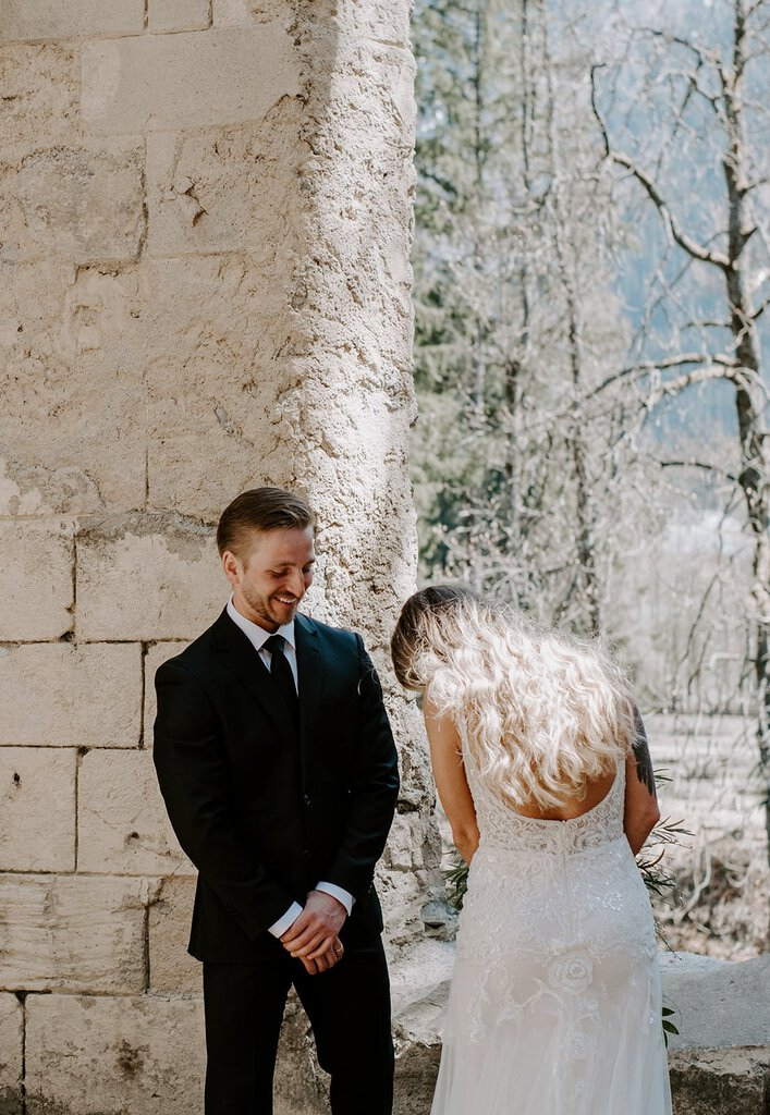 First look photography for winter elopements.