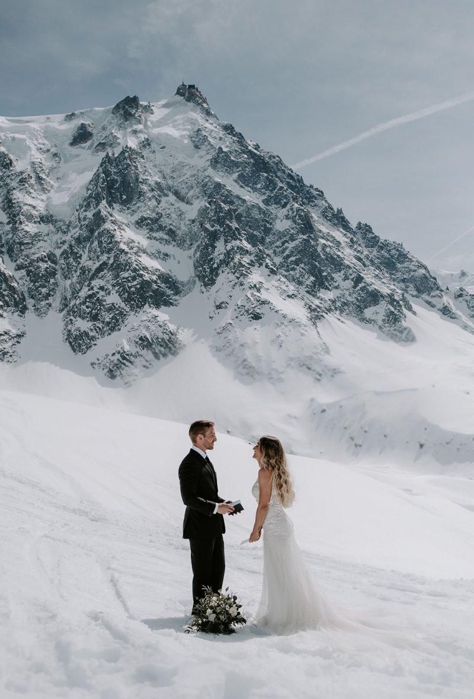 snowy mountain wedding photography.