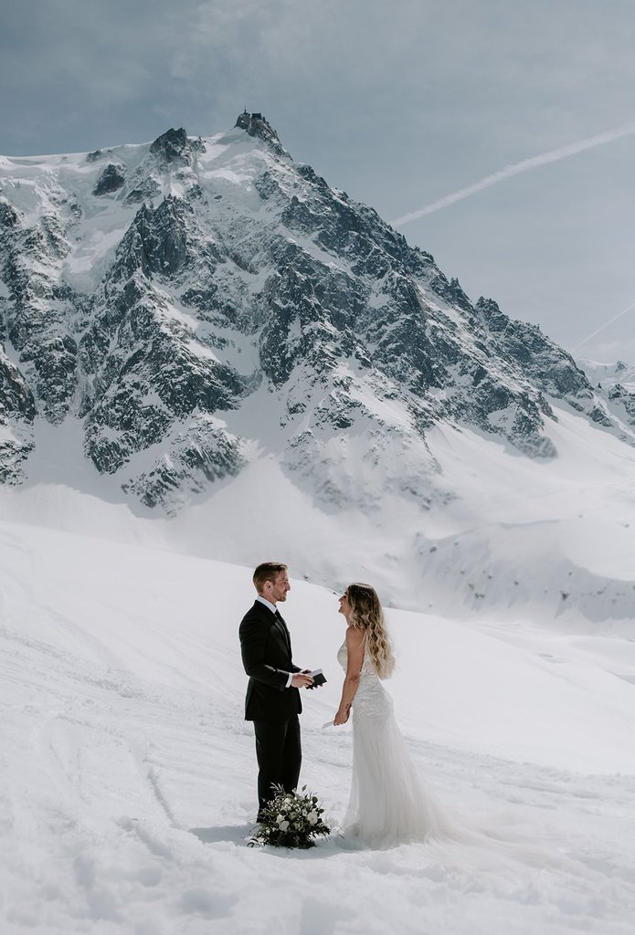 snowy mountain wedding photography.