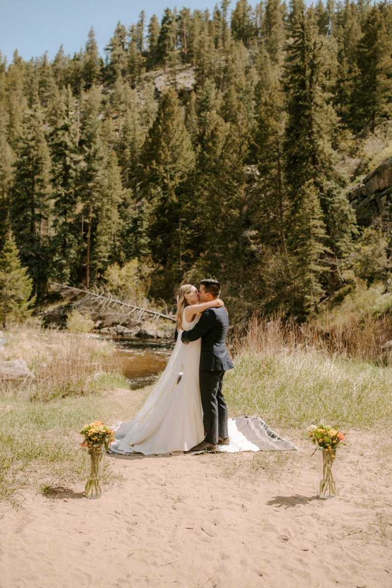 Intimate wedding portraits at Colorado's rocky mountain national park