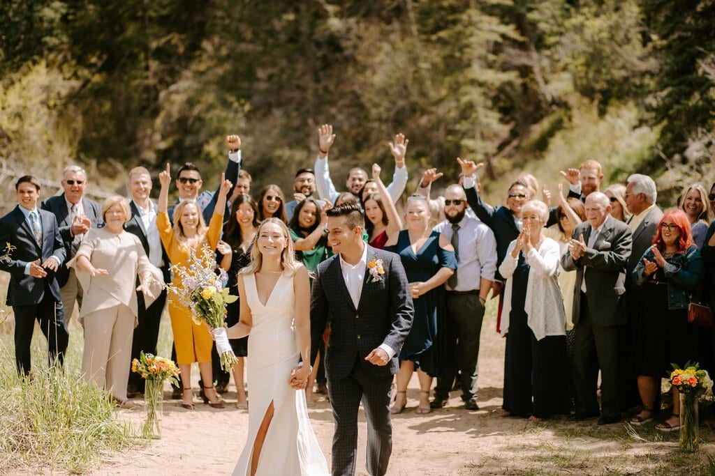 Adventurous wedding party in Colorado's national park
