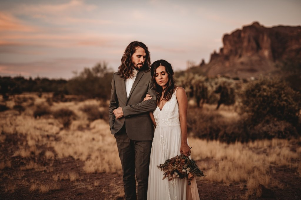 Intimate elopement couple inspiration
