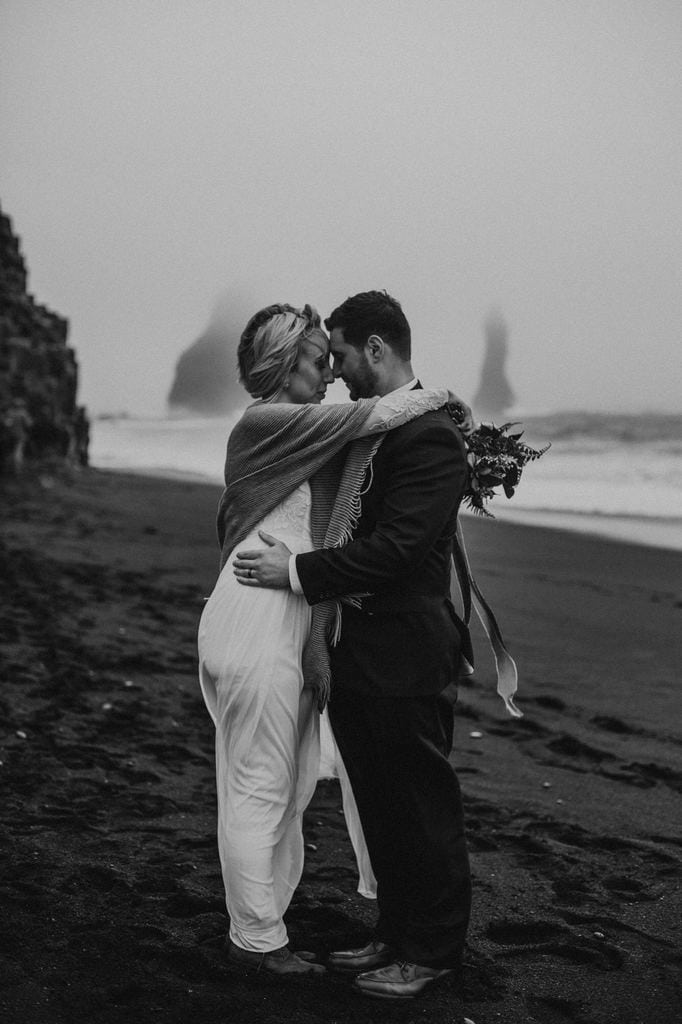 Iceland elopement by the beach.