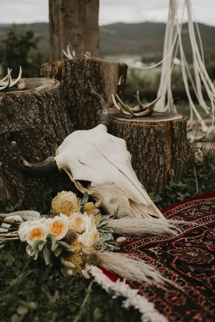 Rustic styled elopement at Schmidt Cattle Co.