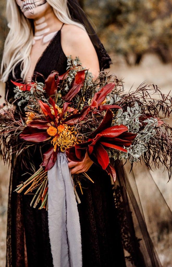 Halloween floral bouquet.