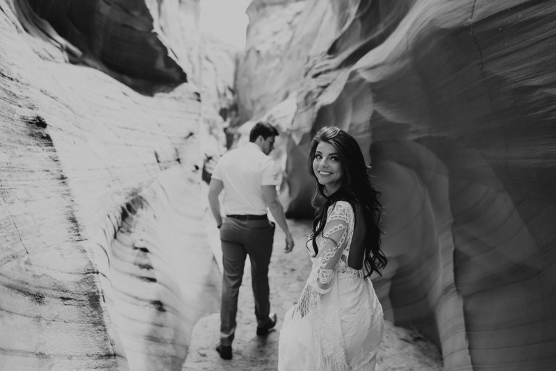 black and white elopement photography.