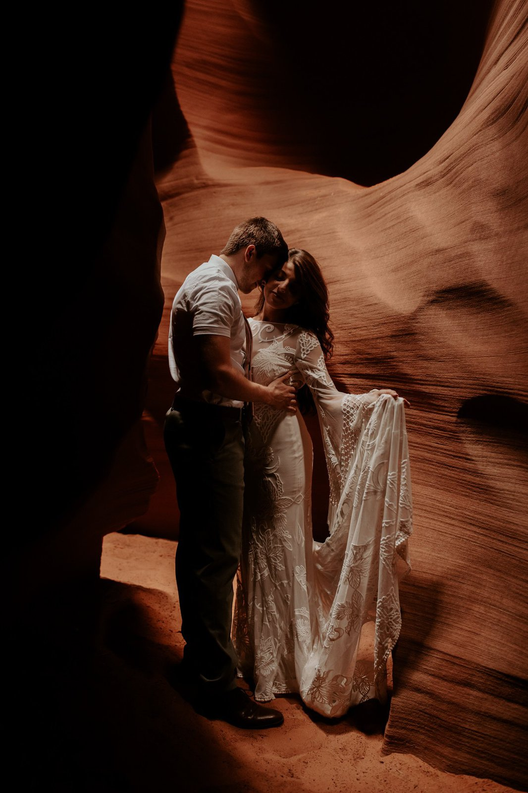antelope canyon elopement photography.