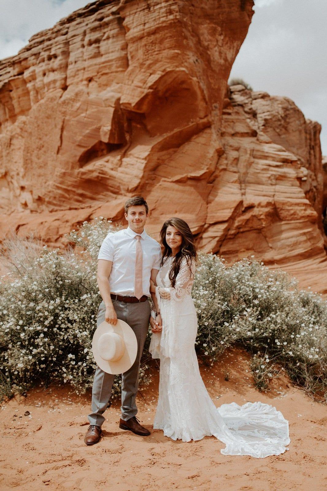 bride and groom posing in Arizona.