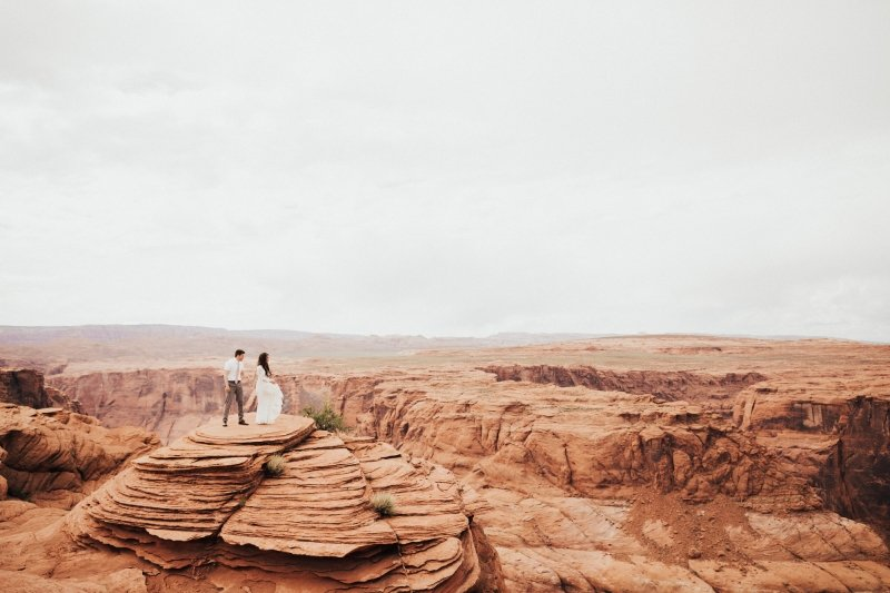 Horseshoe bend elopement photography.