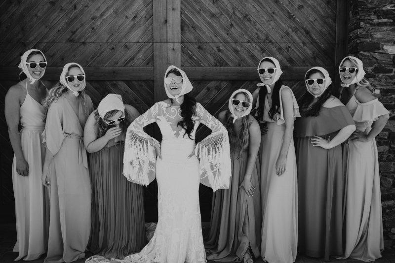 funny bridesmaid portraits.