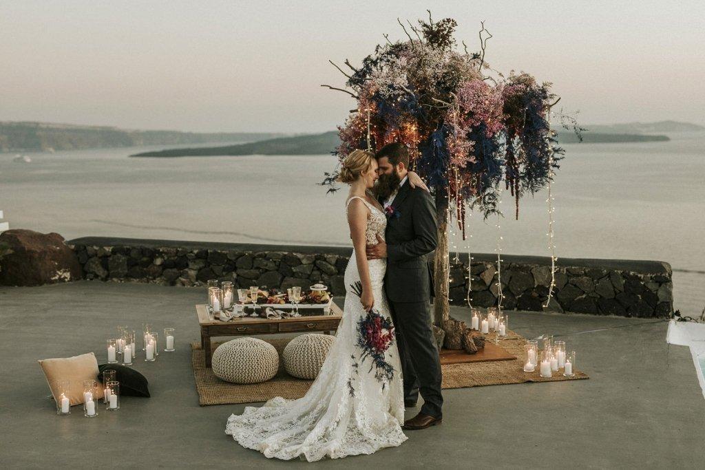 elopement photography in Greece, Santorini.