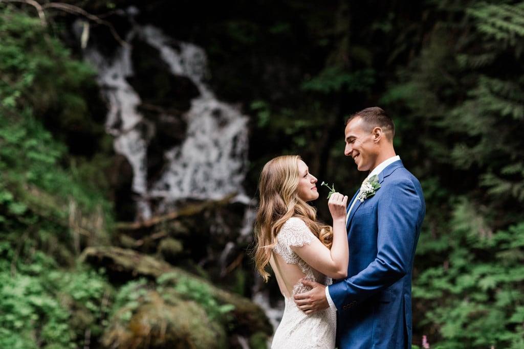 elopement wedding in mt rainier
