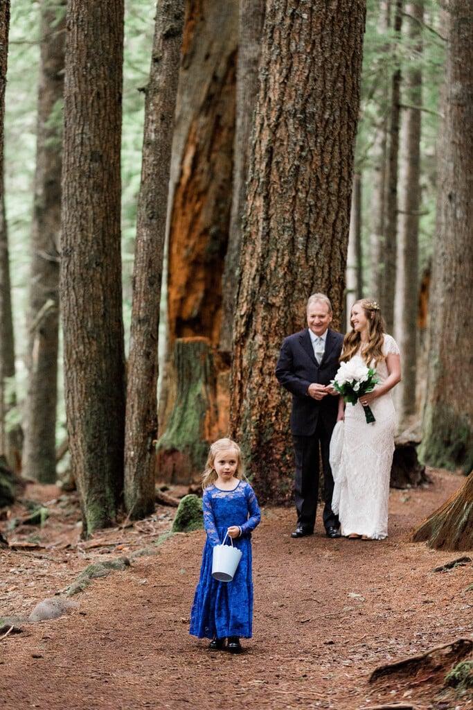 Intimate wedding ceremony at Mount Rainier.