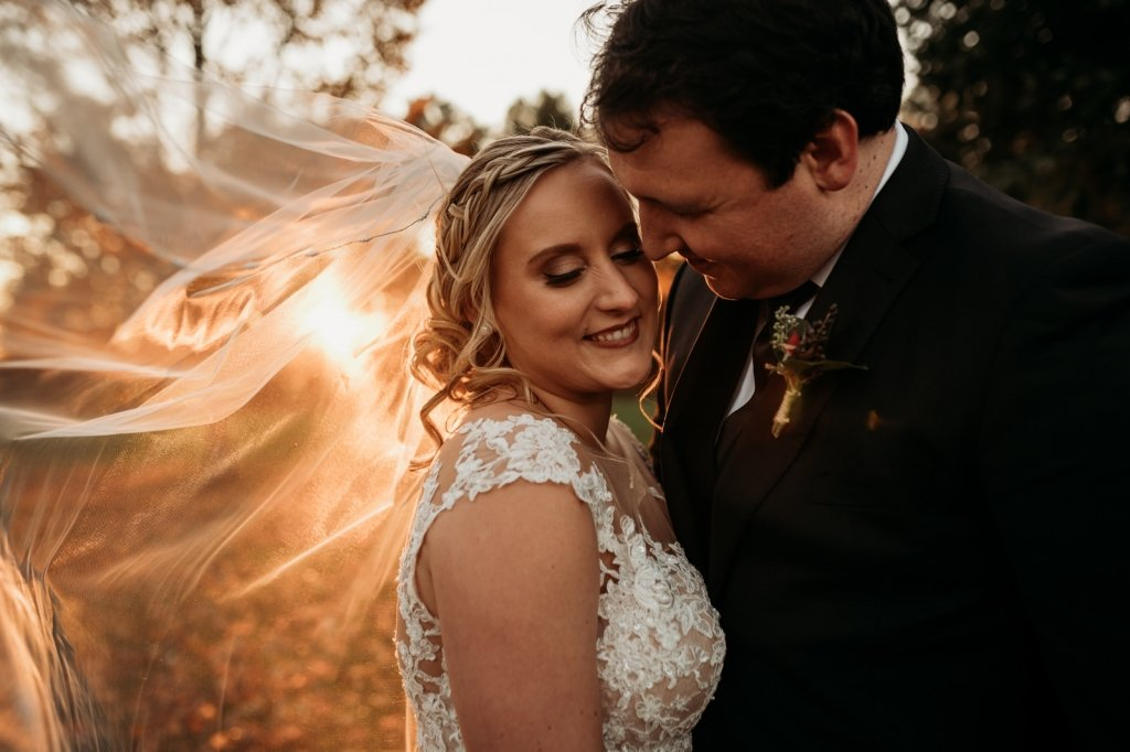 sunset with veil wedding inspiration.