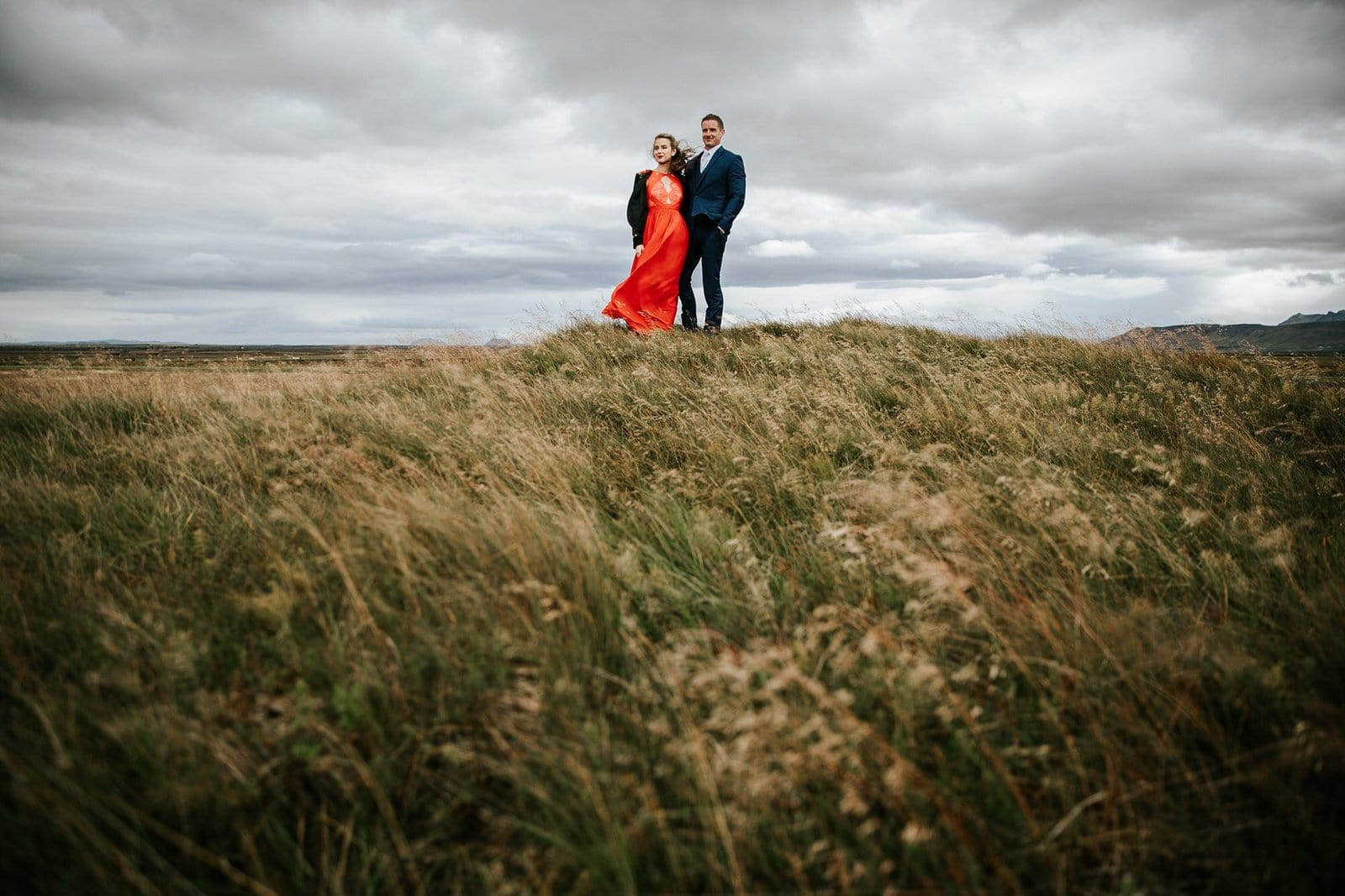 couple portrait session in Iceland.