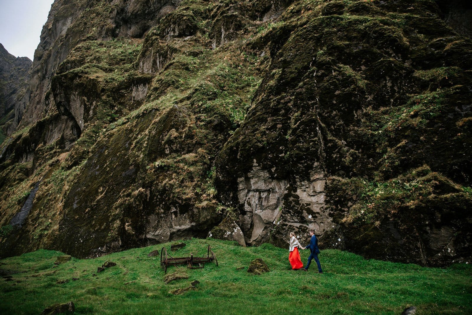 Elopement photography inspiration in Iceland.