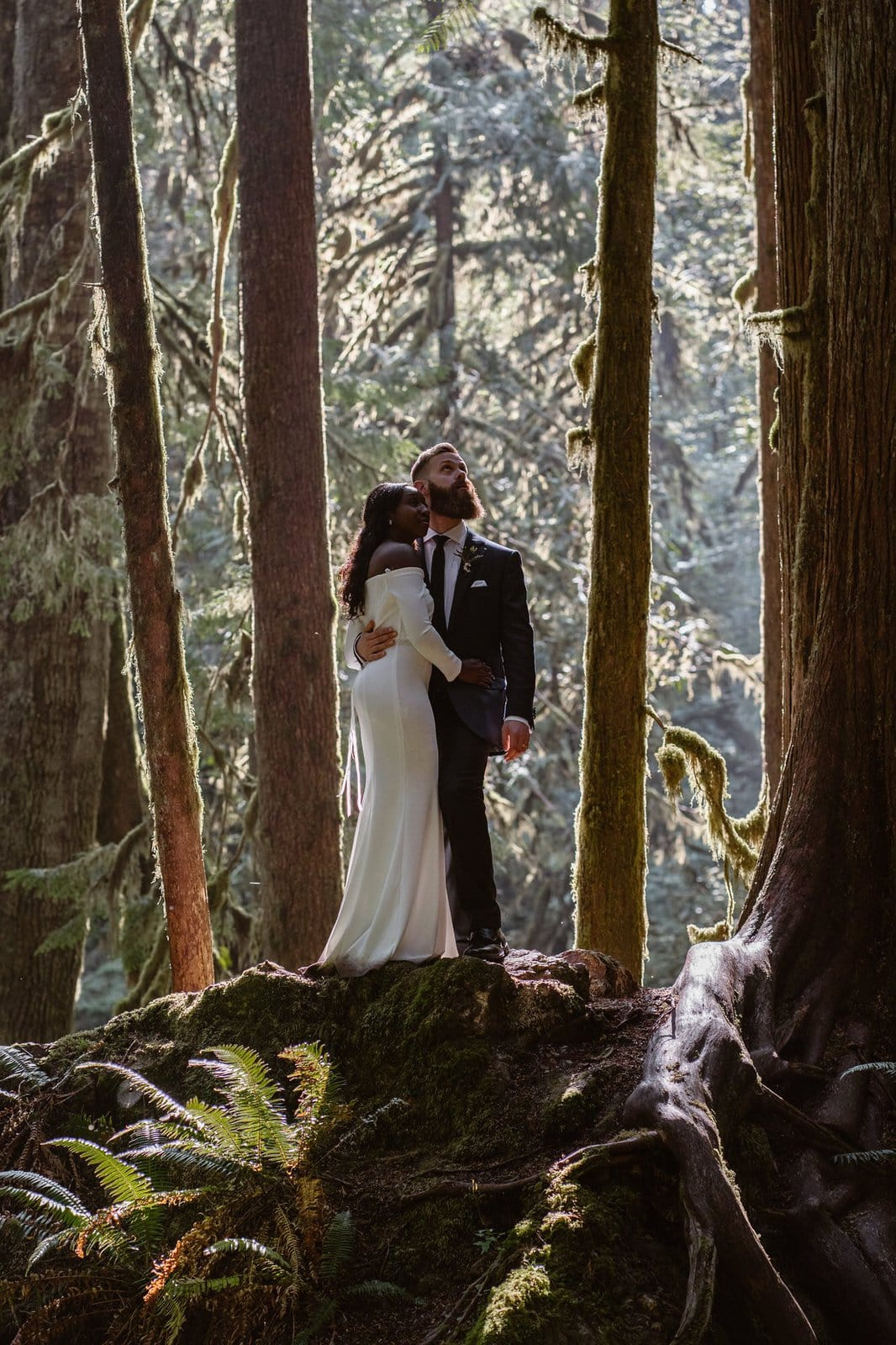 Intimate wedding in Washington's Olympic National Park.
