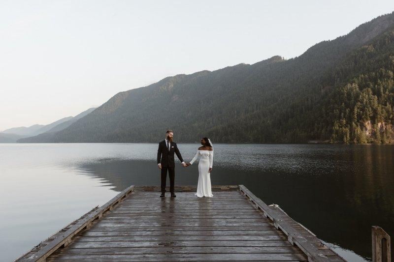 Bridal portraits at Olympic National Park.