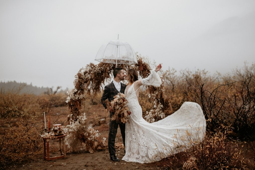 bohemian fun portraits with bride and groom.